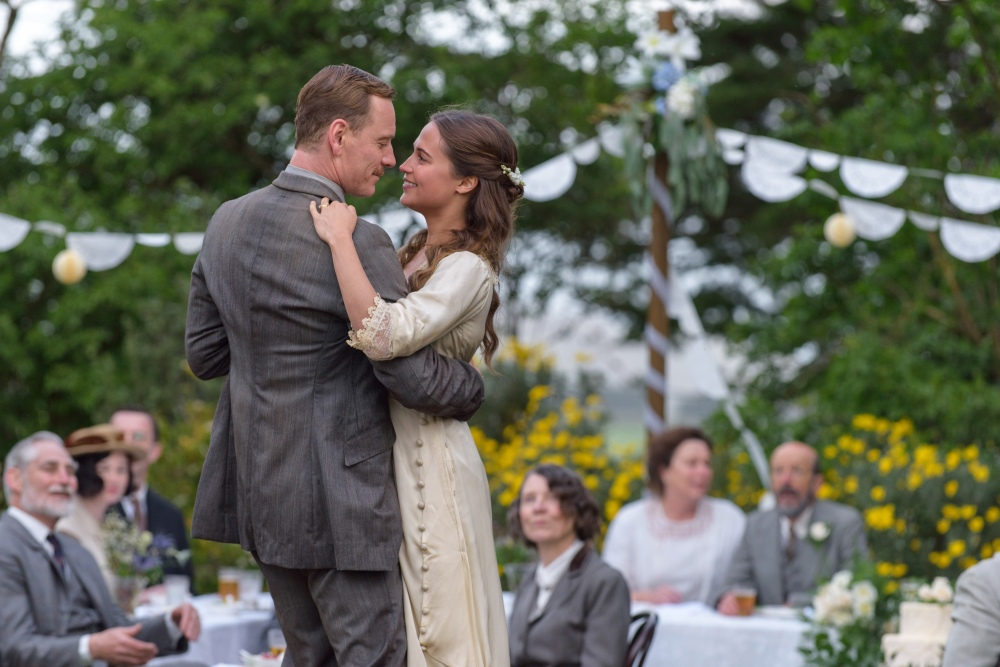Tom Sherbourne (Michael Fassbender) and Isabel (Alicia Vikander) in a scene from THE LIGHT BETWEEN OCEANS directed by Derek Cianfrance, in cinemas November 3, 2016. An Entertainment One Films release.
